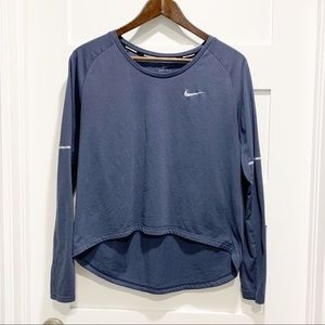 NIKE RUNNING Long Sleeve Hi-Low Shirt